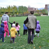Children-with-Linda-and-guide-on-Event-Lawn