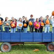 Students-from-Helping-Across-the-Community-pumpkin-giveaway